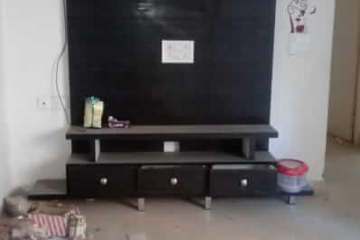 Property Image of 2 BHK | Semi-Furnished | 10th Avenue Sanskar Apartment | Gaur City 2 | Rs 11500