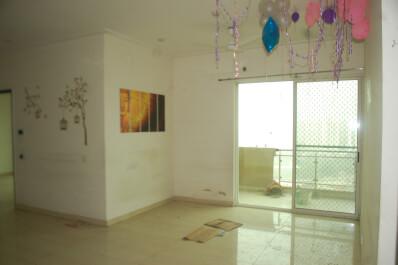 Property Image of 4 BHK | Semi-Furnished | Gaur City 1 | Rs 22000