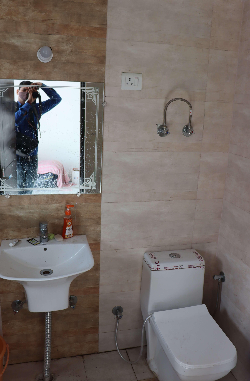 Casa Washroom2.jpg