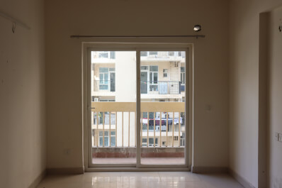 Property Image of 2 BHK | Semi-Furnished | Aarcity | Gaur City 2 | Rs 9000