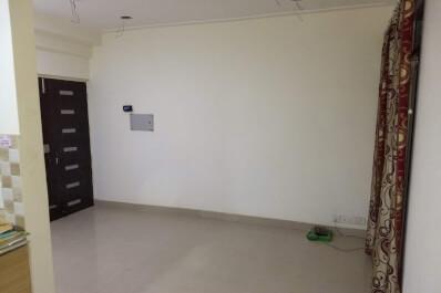 Property Image of 2 BHK | Semi-Furnished | 12th Avenue | Gaur City 1