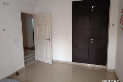 express zinethE-1204 room.jpeg