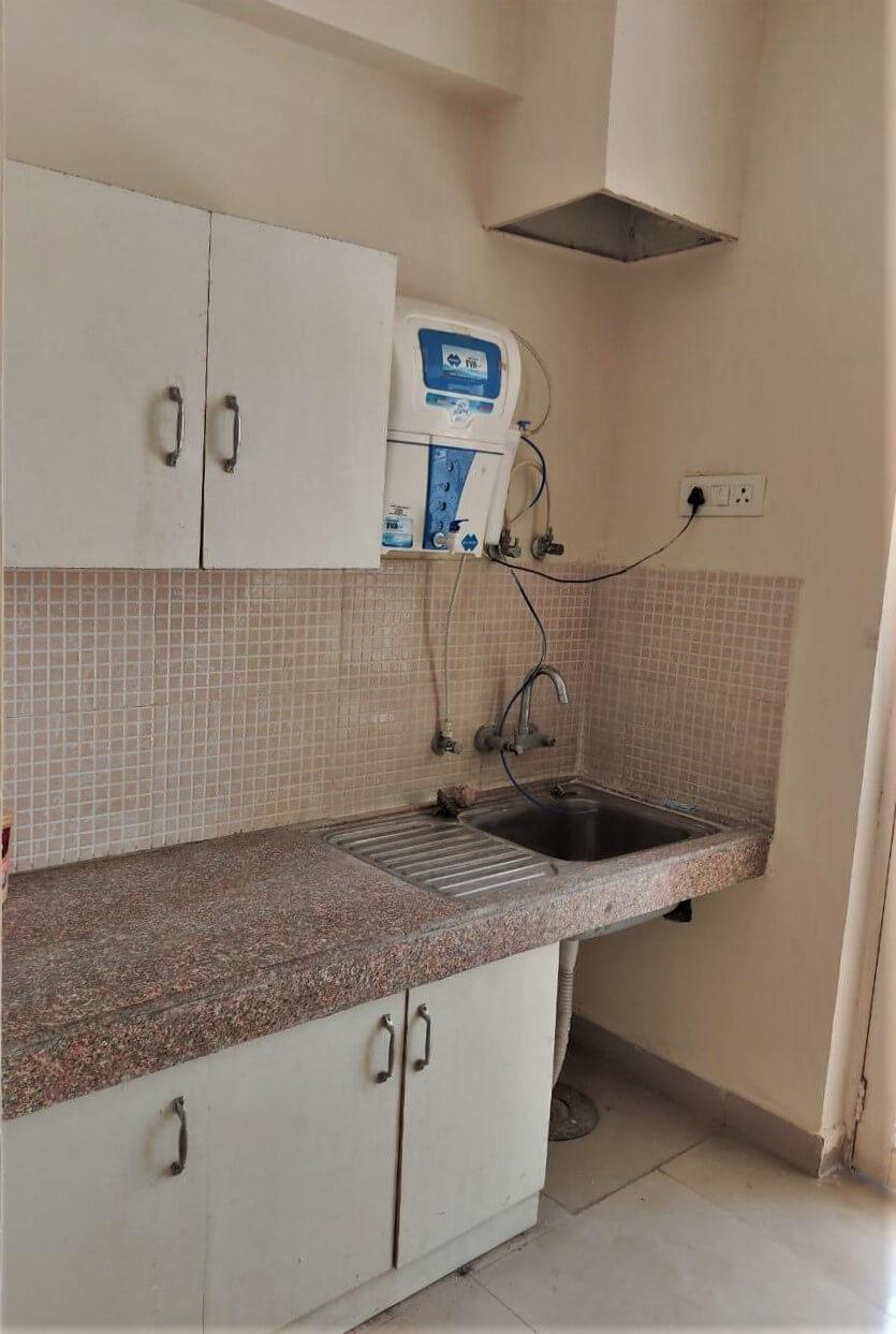 eco 1 g5-804 kitchen.jpeg