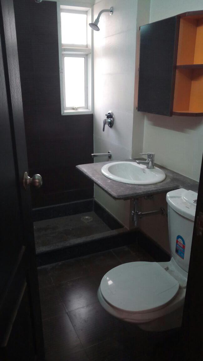 fessco-E1003 washroom.jpeg